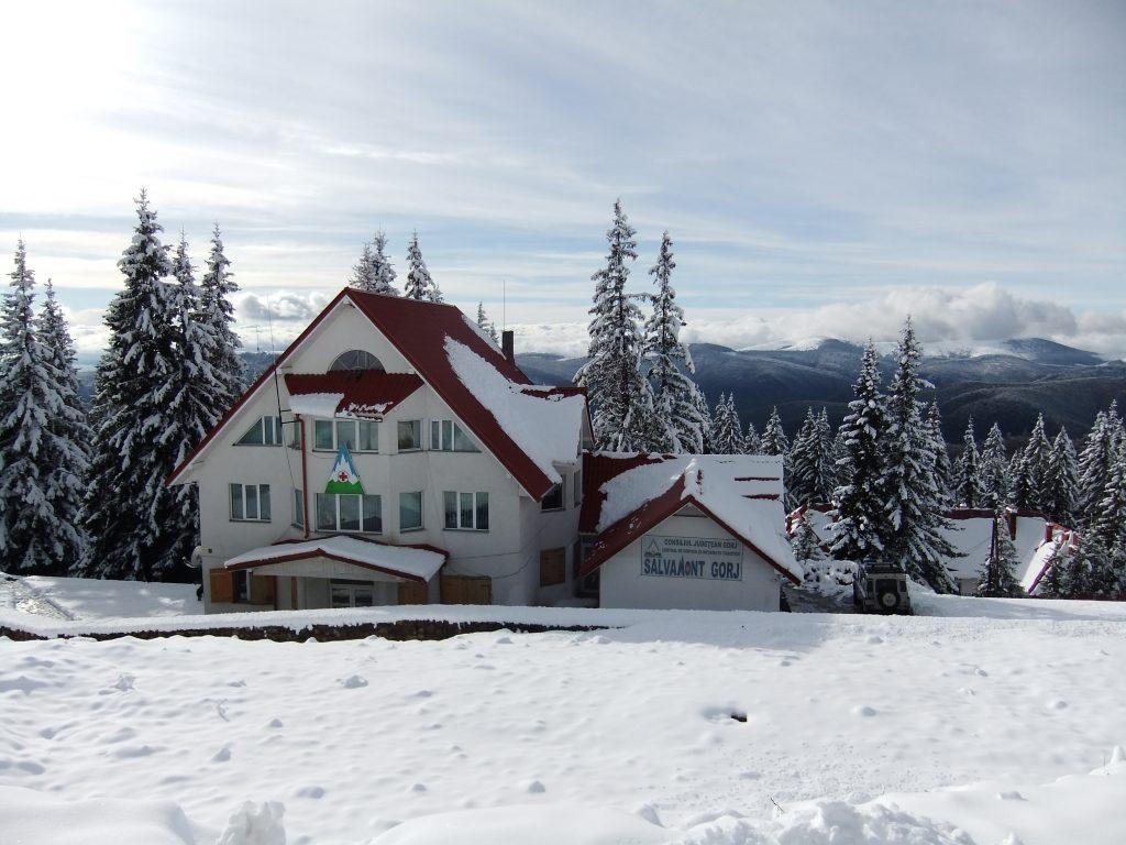 Românii s-au retras la munte în prima zi din minivacanța de 1 Decembrie. Care sunt stațiunile preferate
