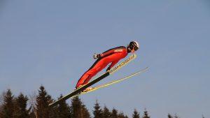 Cupa Mondială de sărituri cu schiurile a început azi. Una dintre etape se va desfășura în România, pe 19 februarie 2021