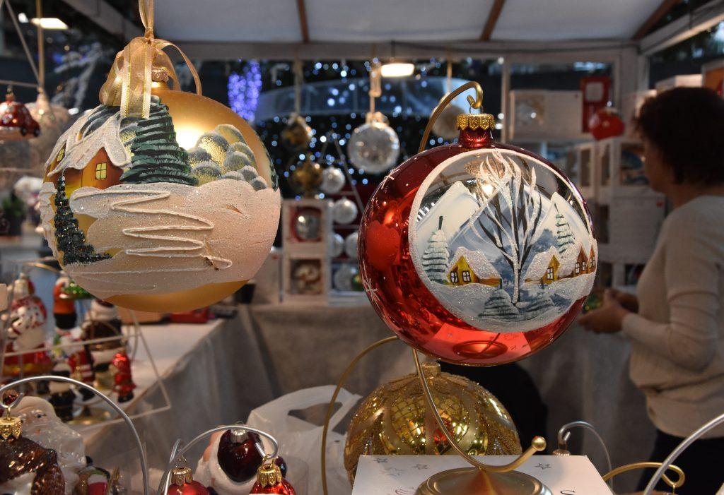 Târgul de Crăciun de DSP la Craiova, închis după doar o oră de la deschidere. Reacția Olguței Vasilescu