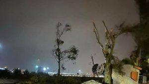 Inundații în Italia: O tornadă devastatoare a lovit zona din jurul aeroportului din Catania. VIDEO