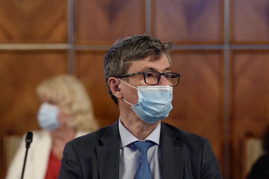 """Virgil Popescu, infectat cu COVID-19: """"Acest virus nu iartă"""""""