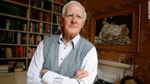 John le Carré, celebru pentru romanele sale de spionaj, a murit la 89 de ani