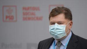 """Alexandru Rafila a anunțat că are COVID: """"Am purtat mască"""". De unde a luat boala oficialul OMS"""