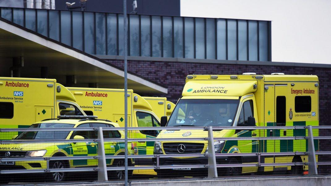 """Un grup de medici și cercetători cere lockdown total în Marea Britanie. """"Situația este extrem de îngrijorătoare"""""""