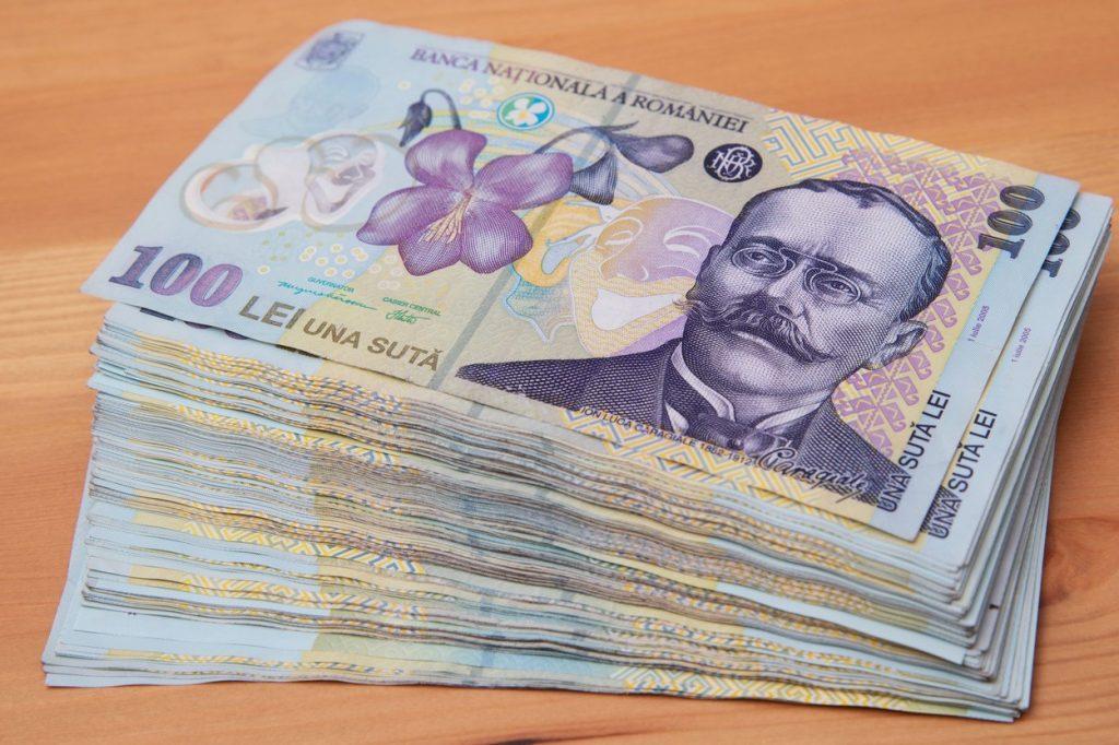 """Antreprenorii, sceptici cu privire la împărţirea banilor: """"Corupţia viciază foarte puternic mediul de afaceri"""""""