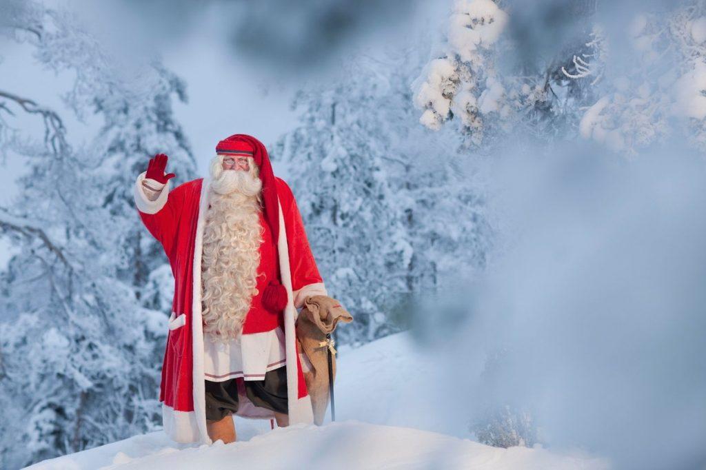 Moș Crăciun în Laponia