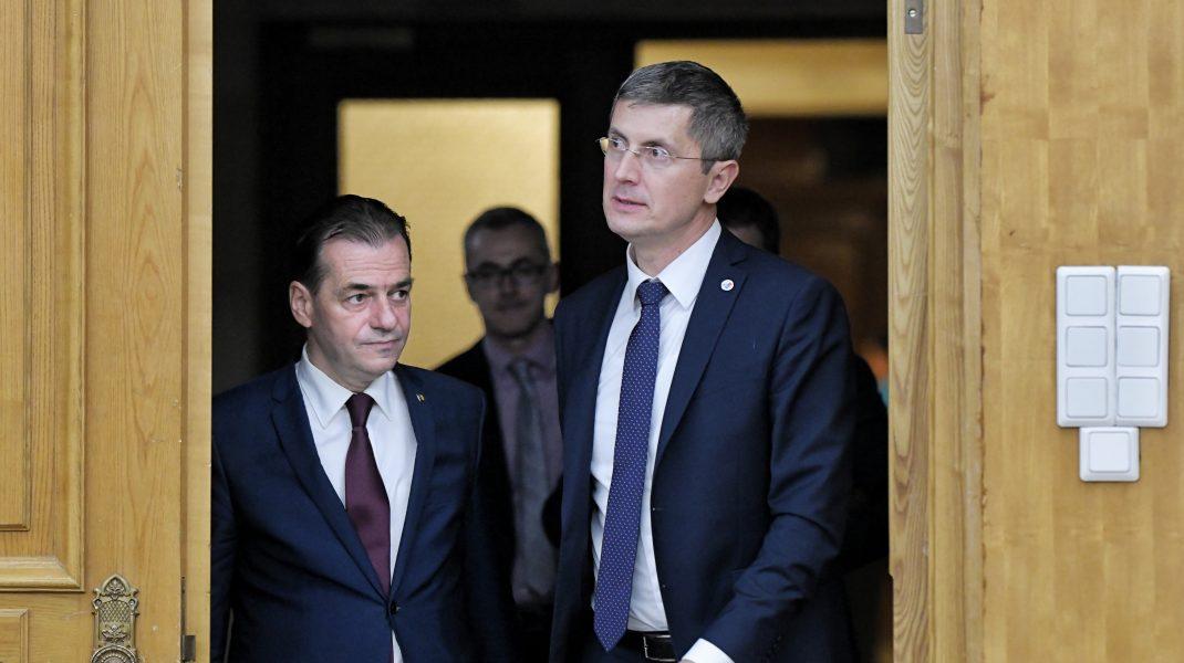 Negocierile pentru noul Guvern au eșuat, după șase ore de discuții. USR-PLUS și PNL se bat pentru șefia Camerei Deputaților