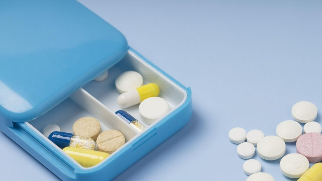 Medicamentul care împiedică antibioticele să dezvolte rezistență antimicrobiană