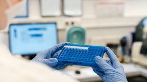 Testarea în masă, în Slovacia și Liverpool, nu oprit epidemia de coronavirus. Cercetătorii explică eșecul