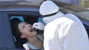 Testare COVID gratuită, timp de o lună, pentru cetățenii din Cehia care vor să vadă dacă sunt infectați