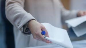 Alegeri parlamentare 2020. Incidente la vot. Un bărbat a votat de două ori în Germania și a încercat și în România