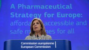 """UE amenință că va bloca exporturile de vaccin anti-Covid, pe fondul deficitului AstraZeneca: """"Vrem claritate cu privire la tranzacţii"""""""