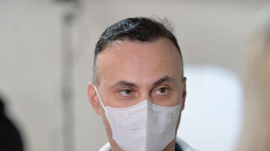 """Adrian Marinescu, despre posibilele reacții adverse la a doua doză de vaccin: """"Sunt situații extrem de rare"""""""