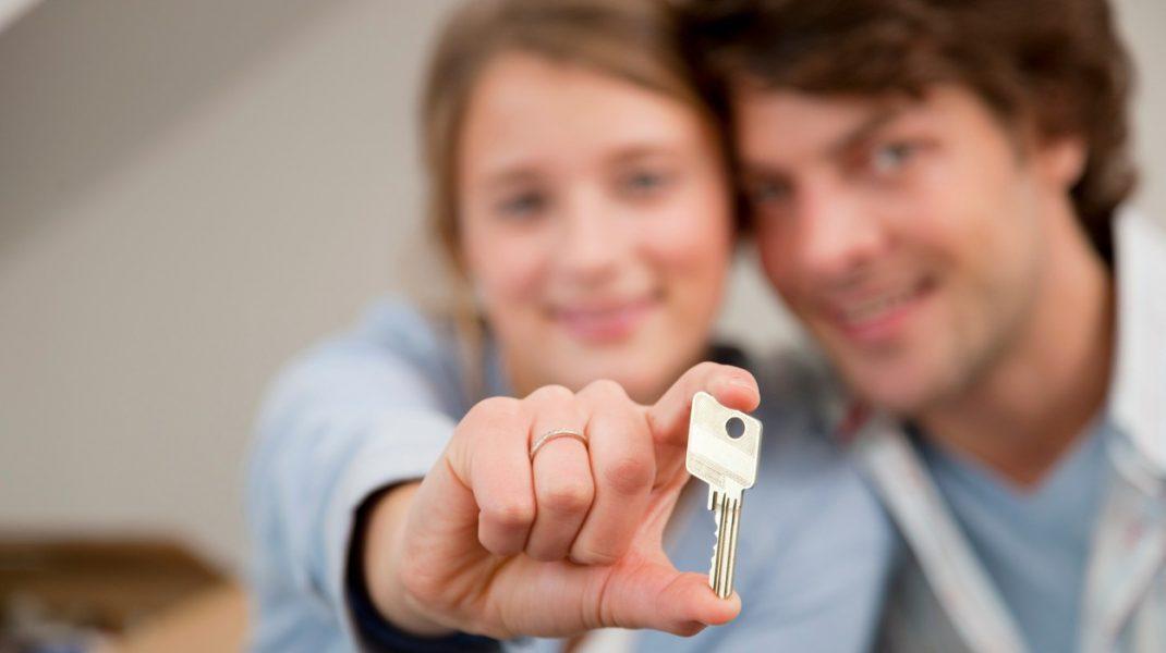 Guvernul a amânat cu 12 luni introducerea TVA-ului de 5% pentru credite imobiliare de până la 140.0000 de euro