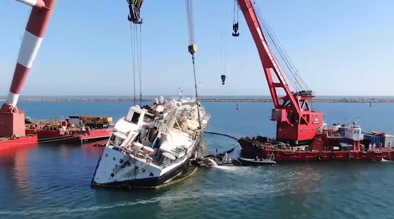 Miile de oi înecate după eşuarea navei Queen Hind, descoperite într-o groapă în judeţul Tulcea