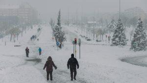 Daune de 1.4 miliarde de euro în Madrid, după furtuna de zăpadă care a șocat o lume întreagă