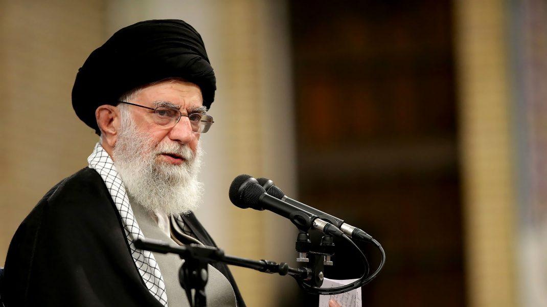 """Liderul Iranului a interzis importul de vaccinuri anti-COVID din SUA și Marea Britanie: """"Nu am încredere în ele"""""""