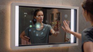 Funcțiile nebănuite ale ultimului model de oglindă inteligentă. Îți spune cât de sănătos ai tenul și când ar trebui să dormi