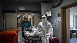 Studiu: 76% dintre pacienții spitalizați cu COVID-19 au simptome chiar și după șase luni