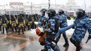 Mitinguri în masă în sprijinul lui Navalnîi, în toată Rusia. Au fost reținute peste patru mii de persoane. Oamenii au fost scoși din biserici și din magazine