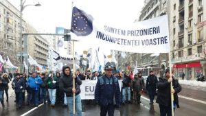 Polițiștii promit că nu vor mai da amenzi din 11 ianuarie. Ameninţă Guvernul cu proteste