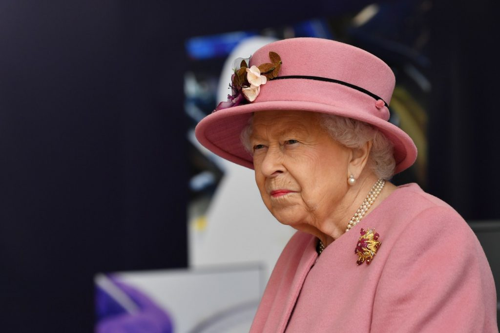 Regina Elisabeta a II-a s-a vaccinat împotriva Covid-19