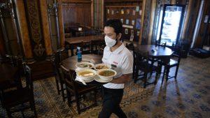 S-au redeschis restaurantele la interior în Constanța. Regulile pe care trebuie să le respecte proprietarii