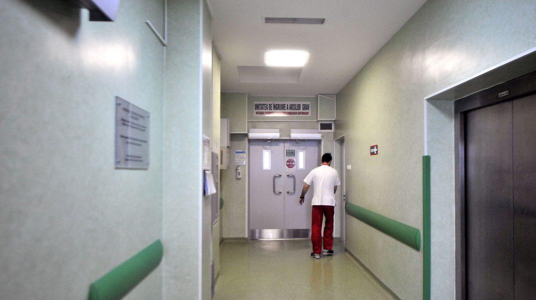 Un pacient mort de Covid-19 la Spitalul Floreasca este de negăsit. Nu este exclus să se fi încurcat cadavrele