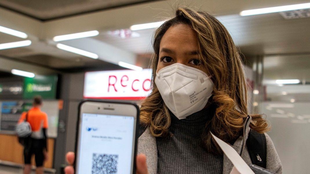 SUA ar putea cere companiilor aeriene ca toți pasagerii internaționali să prezinte un test negativ de Covid-19 înainte de îmbarcare