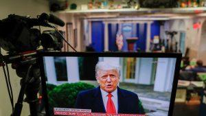 Facebook, Twitter și Youtube au blocat mesajul video transmis de Trump în timpul protestelor violente de la Capitoliu