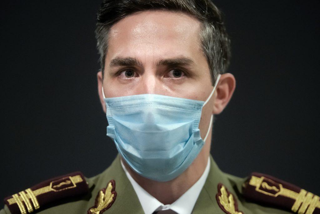 Coordonatorul campaniei naţionale de vaccinare, Valeriu Gheorghiță, va fi vaccinat marți