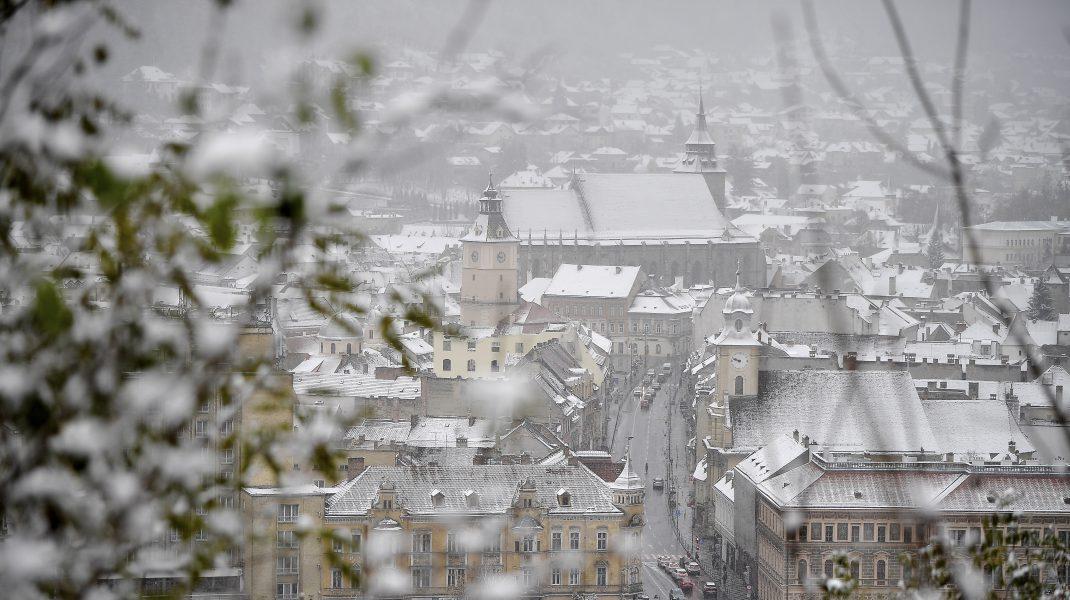 Zăpadă Brașov