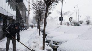 Meteo, 10 ianuarie: Va ninge în toată țara. În București, stratul de zăpadă va avea 15 centimetri