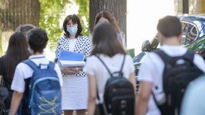 Epidemiolog: Organismul celor mici reacţionează mai eficient la virus. Unii părinţi, însă, caută motive să nu îşi lase copiii la şcoală