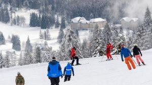 Pârtiile de schi din Italia rămân închise, din cauza cazurilor de Covid