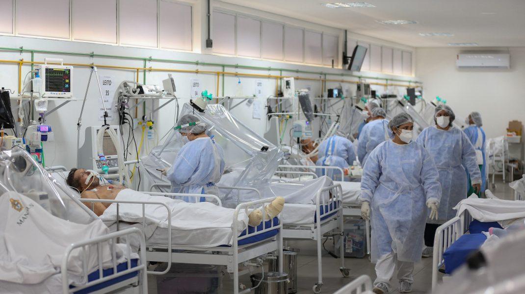 Salon-cu-pacienți-Covid