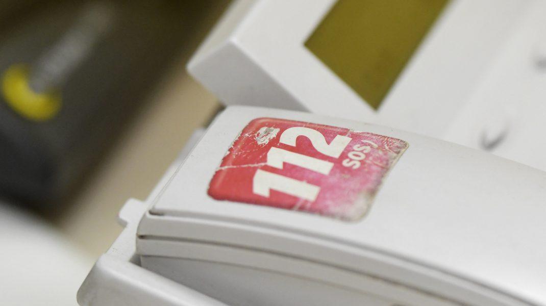 Un gălăţean a sunat la 112 deoarece soţia sa a devenit agresivă după ce s-a îmbătat