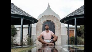 """A renunțat la tot și s-a mutat în Bali. Povestea unui antrenor de sănătate: """"Cu 3.000 de dolari pe lună trăieşti ca un rege"""""""