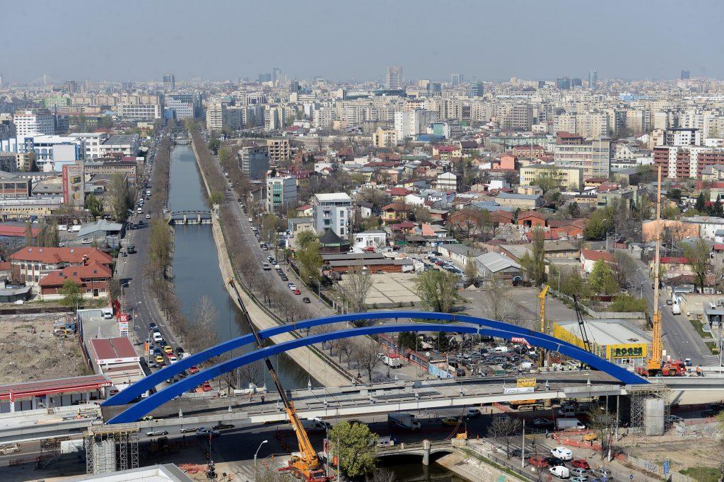 Studiu. Bucureștiul se mișcă pe verticală câteva zeci de milimetri pe an. Ce zone sunt afectate