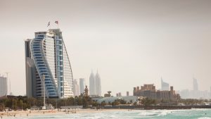 Dubai plătește prețul ridicării restricțiilor: Și-a deschis granițele pentru turiști, iar cazurile de COVID-19 au explodat. Măsurile autorităților