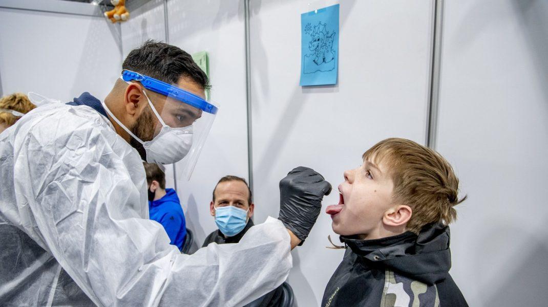 Topul județelor afectate de coronavirus. Timiș și Maramureș rămân în scenariul roșu
