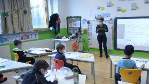 Cum se deschid școlile în Europa. În Franţa, 200.000 de copii vor fi testaţi săptămânal