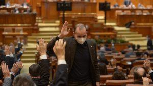 Ce cărți citesc parlamentarii în timpul liber