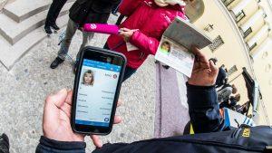 Parlamentul Ucrainei a votat implementarea pașaportului digital care va fi utilizat printr-o aplicație pe telefon
