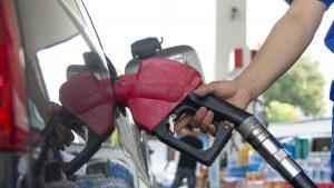 Preţul petrolului a ajuns la cele mai mari valori din ultimele 13 luni