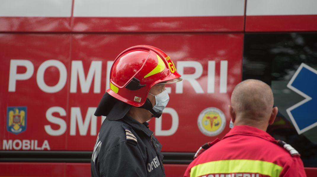 Incendiu la Politehnica București. Un fum gros iese din subsolul rectoratului