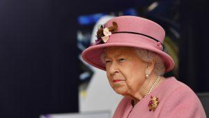 Regina Elisabeta a II-a îndeamnă la vaccinare. Mesajul transmis de suverană