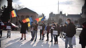 Studenții protestează și fac apel la Iohannis: Cîțu își bate joc de educație, cu cea mai slabă finanțare în 30 de ani