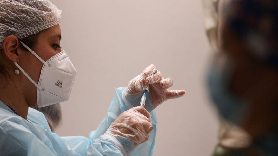 Aproape 40.000 de persoane vaccinate în ultimele 24 de ore. Numărul reacțiilor adverse înregistrate