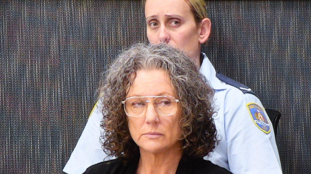 A stat 18 ani în închisoare, după ce a fost găsită vinovată de uciderea celor patru copii ai săi. Noi teste genetice demonstrează că a fost condamnată pe nedrept